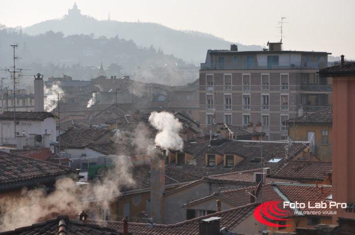 Tetti di Bologna e San Luca